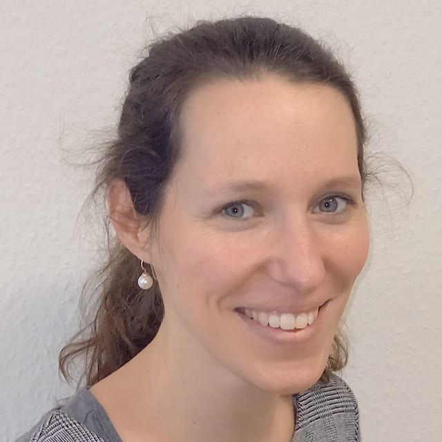Dr. Sarah von Erdmann